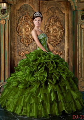Olive Green Strapless Organza Sweet 16 Dresses with Appliques and Ruffles