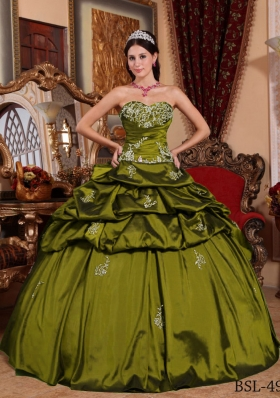 Olive Green Sweetheart Sweet Sixteen Dresses with Pick-ups and Appliques