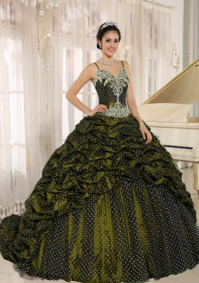 Special Fabric Pick-ups Spaghetti Straps Appliques Dress For Quinceanera