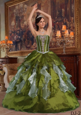 Olive Green Sweetheart Organza Sweet Sixteen Dresses with Ruffles and Beading