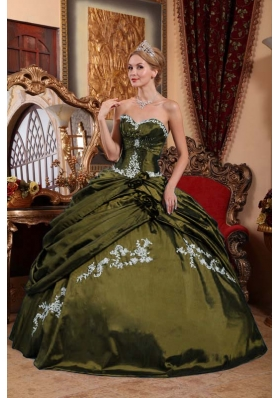Olive Green Sweetheart Sweet 15 Dresses with Appliques and Pick-ups