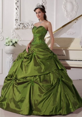 Sweetheart Olive Green Quinceanera Dress with Appilques and Pick-ups