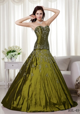Sweetheart Olive Green Quinceanera Dresses Gowns with Beading and Embroidery