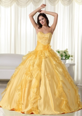 2014 Yellow Puffy Sweetheart Embroidery Quinceanera Dress with Beading