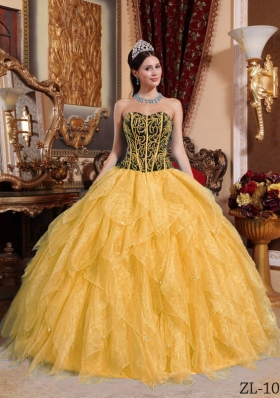 Elegant Gold Puffy Sweetheart Embroidery 2014 Quinceanera Dress with Beading