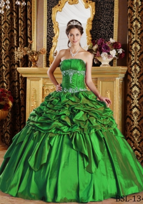 2014 Green Puffy Strapless Pick-ups Quinceanera Dress with Appliques