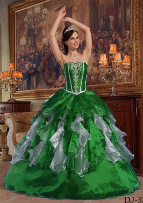 Cute Puffy Sweetheart with Ruffles and Beading for 2014 Dark Green Quinceanera Dress
