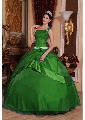2014 Classical Puffy One Shoulder Green Quinceanera Dress with Hand Made Flower and Beading