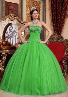 2014 Green Puffy Strapless Embroidery and Beading Quinceanera Dress