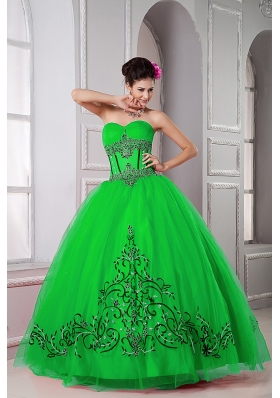 Puffy Sweetheart  for 2014 Green Quinceanera Dresss with Beading