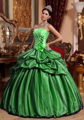 Romantic Green Puffy Strapless for 2014 Quinceanera Dress with Pick-ups and Flowers