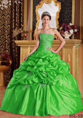 2014 Green Puffy Strapless Pick-ups Decorate for Quinceanera Dress with Appliques