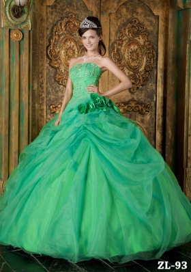 2014 New Style Green Puffy Strapless Beading Quinceanera Dress with Hand Made Flower