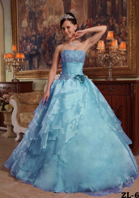 2014 Puffy Strapless Ruffles and Beading Quinceanera Gowns with Appliques
