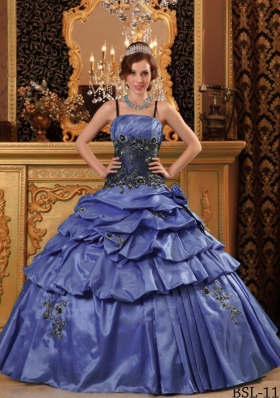 2014 Romantic Puffy Straps Appliques Quinceanera Dresses with Pick-ups