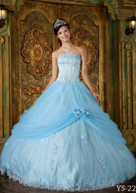 Modest Puffy Strapless Appliques 2014 Spring Quinceanera Dresses
