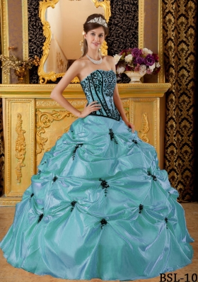 Pretty Baby Blue Puffy Strapless Embroidery for 2014 Quinceanera Dresses