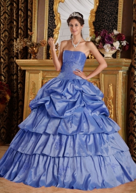 Puffy Strapless Pick-ups and Beading Quinceanera Dress with Ruffled Layers