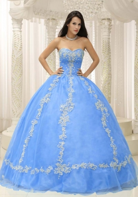 Elegant Appliques and Beading Decorate Sweetheart 2014 Quinceanera Dresses