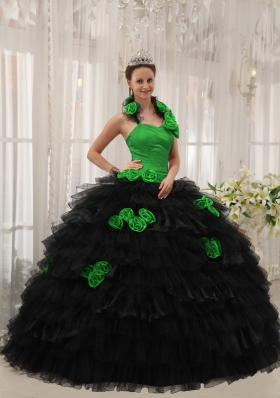 Puffy Halter for 2014 Hand Made Flowers Quinceanera Dress with Ruffled Layers