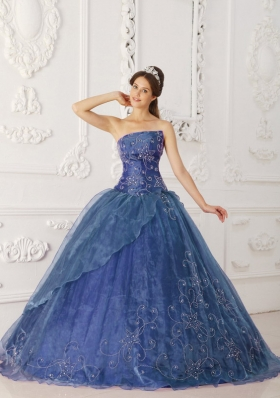 Cheap Organza Beading and Embroidery Quinceanera Dresses with Strapless