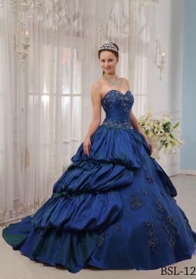 Puffy Sweetheart Appliques 2014 Quinceanera Gowns with Court Train