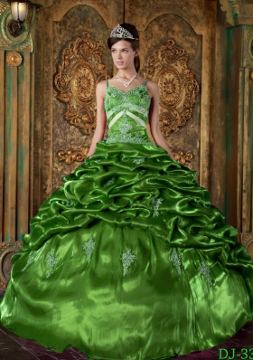 2014 Beautiful Puffy Strap with Appliques and Beading Decorate for Green Quinceanera Dress