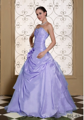 Beaded Bust Sweet Quinceanera Dresses 2014 Hand Made Flower