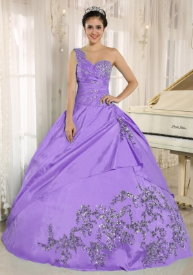 2014 Lavender Beading Quinceanera Dresses One Shoulder With Appliques