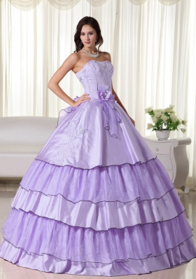 2014 Sweet Lavender Puffy Strapless Hand Made Flowers Quinceanera Dresses