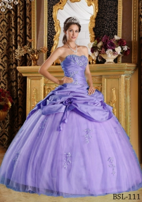 Lavender Puffy Strapless Beading Quinceanera Dresses with Hand Made Flower