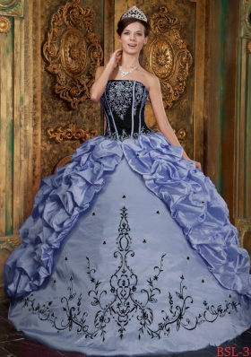Romantic Puffy Strapless Appliques Quinceanera Dresses for 2014