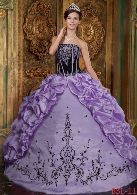 Cute Puffy Strapless 2014 Embroidery Lavender Quinceanera Dresses with Pick-ups