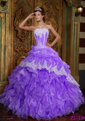 Elegant Puffy Strapless Lace Ruffles Quinceanera Dresses for 2014 Spring