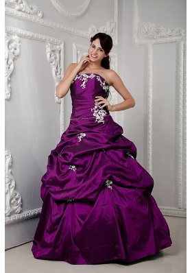Strapless A-line Taffeta Sweet Sixteen Dresses with White Appliques