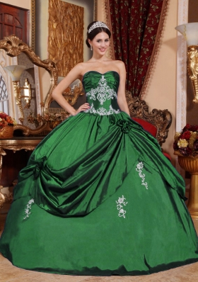 2014 Spring Puffy Sweetheart Appliques Quinceanera Dresses for Military Ball