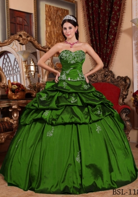 Cheap Ball Gown Sweetheart Dark Green Quinceanera Dresses with Appliques