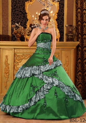 Dark Green Ball Gown Strapless Quinceanera Dresses with Embroidery