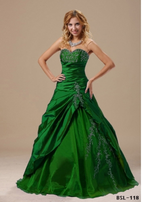 2014 Cheap Sweetheart Appliques Quinceanera Dresses Ruched