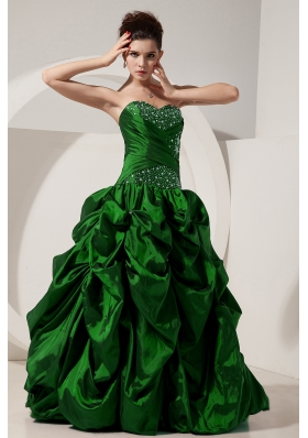 Green Princess Sweetheart Quinceanera Dresses with Taffeta Beading