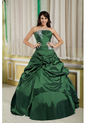 Princess Strapless Green Quinceanera Dress with Taffeta Appliques