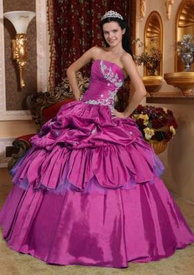 2014 New Style Strapless Fuchsia Taffeta Quinceanera Dress with Appliques