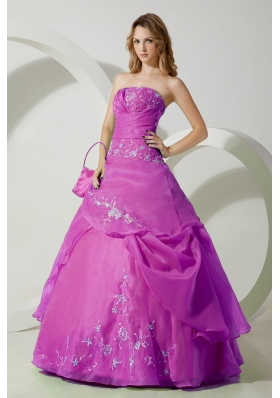 A-line Strapless Organza Appliques Decorate Quinceanera Dress in Fuchsia