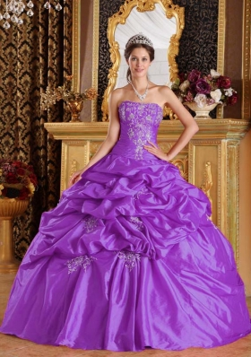 Ball Gown Strapless Taffeta Appliques Quinceneara Dresses with Pick-ups