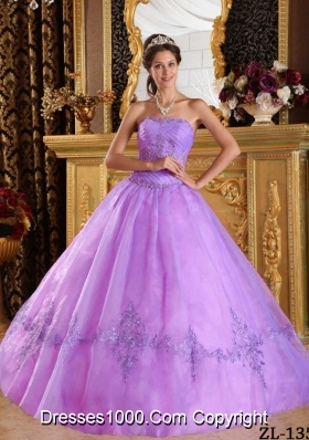 Brand New Ball Gown Strapless Appliques Tulle Dresses For a Quinceanera