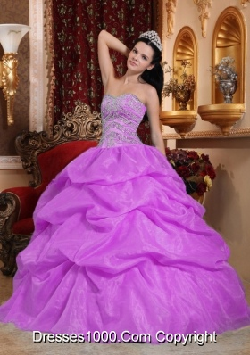 Lavender Ball Gown Sweetheart Beading Quinceanera Gown Dresses with Pick-ups