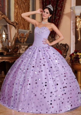 Lilac Puffy Sweetheart Tulle Quinceanera Gowns with Sequins