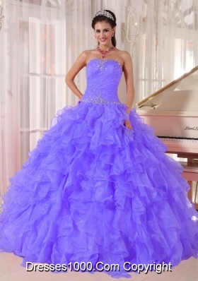 Luxurious Ball Gown Strapless Organza Sweet 15 Dresses with Beading and Ruffles