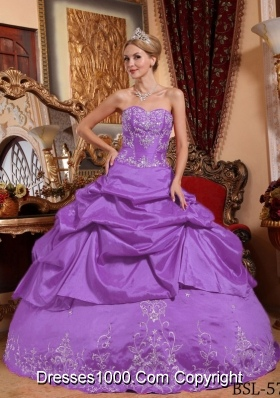 Sweetheart Taffeta Embroidery with Beading Quinceneara Dresses