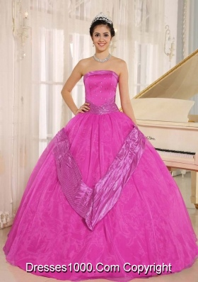 Beaded Decorate Bodice Strapless Quinceanera Gowns in Full Length